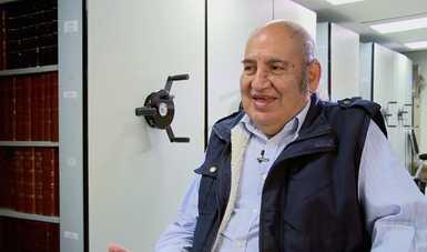 José Luis Ramírez fue conformando el archivo con lo que para otros era simple papelería, burocracia, documentación que con el tiempo fue convirtiéndose en base de exploraciones arqueológicas e investigaciones. Fotografía: INAH.