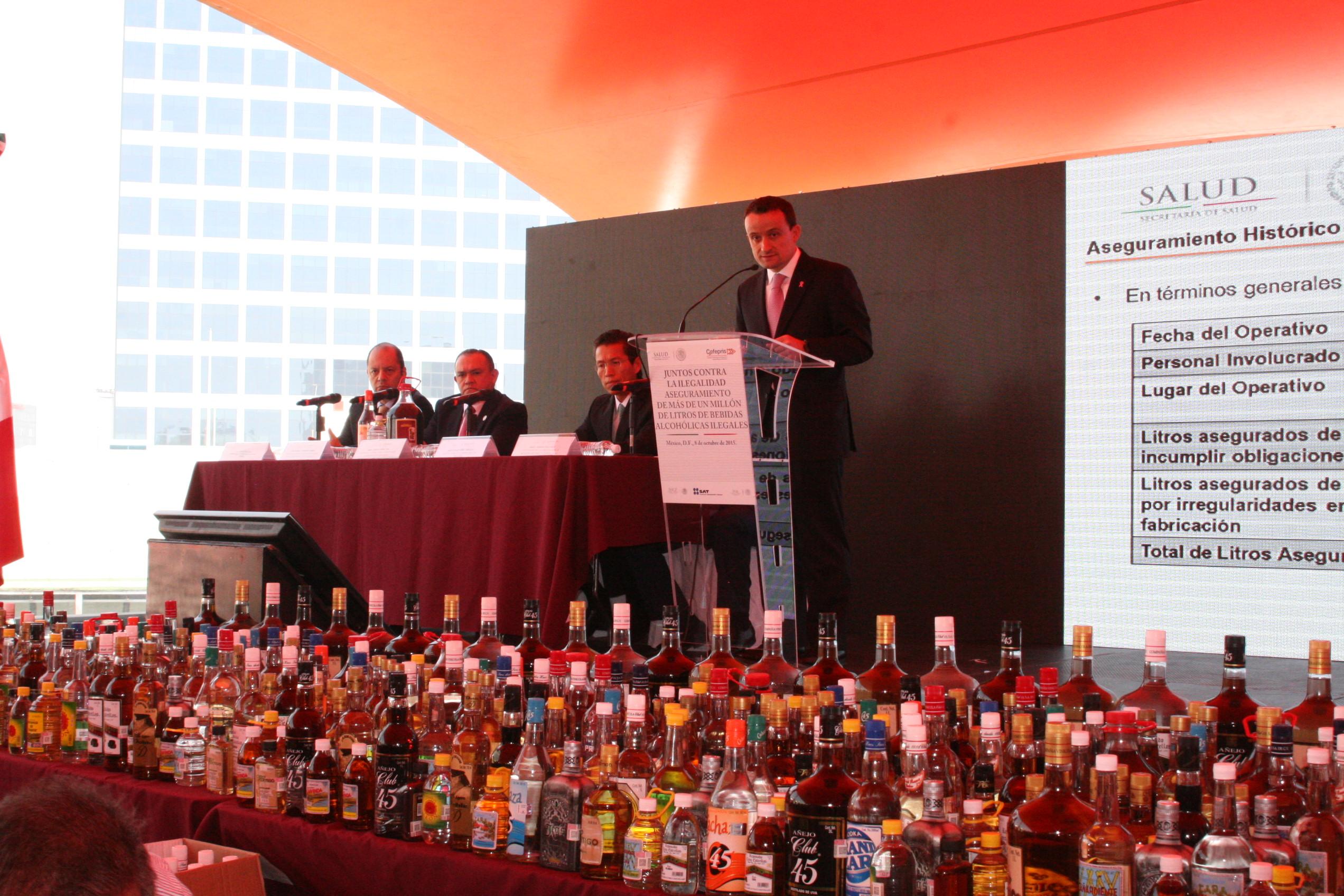 El combate al comercio ilegal de bebidas alcohólicas es prioritaria para el Gobierno de la República, con el fin de fomentar la legalidad y preservar el Estado de Derecho.