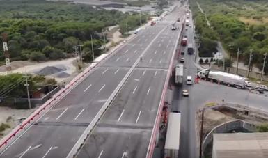 Pusimos en operación tres pasos superiores vehiculares (PSV) en Nuevo León, que ayudarán a resolver los problemas de movilidad que presenta la zona metropolitana de Monterrey.