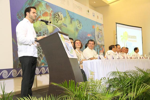 Rafael Pacchiano Alamán se;ala la certificación de playas