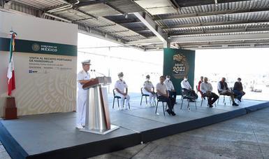 El Presidente de la República, así como autoridades de la Secretaría de Marina y Marina Mercante visitan el puerto de Manzanillo, Colima