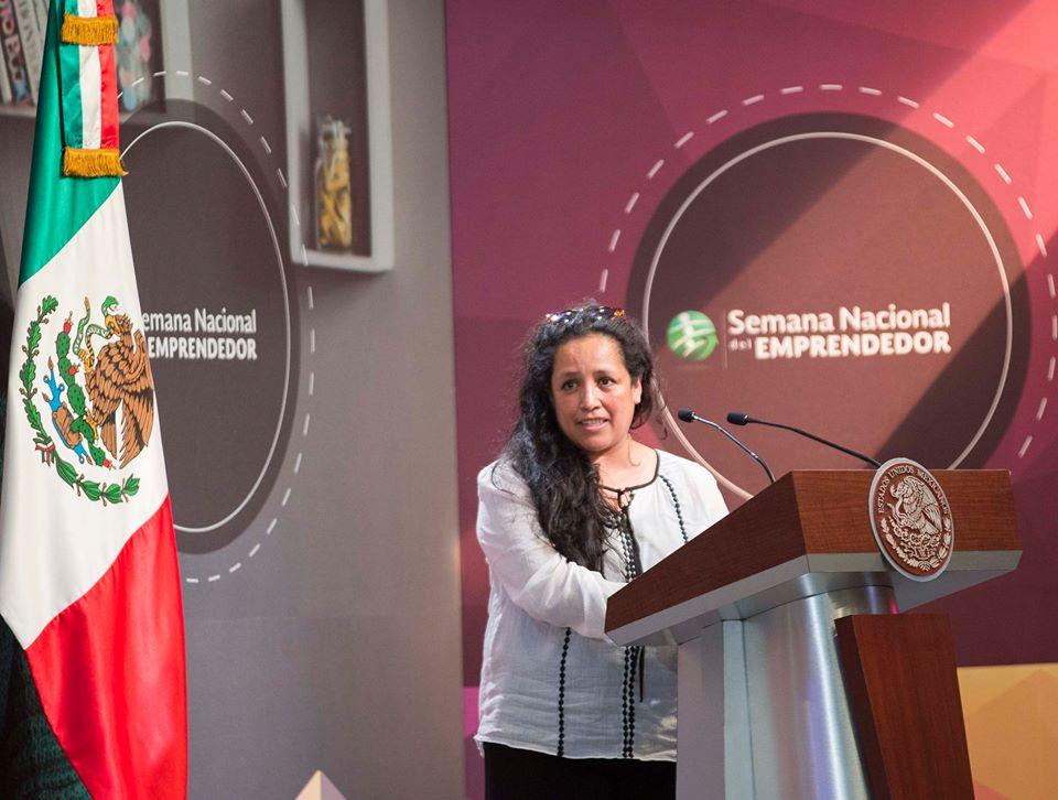 """La ingeniera Andrea Siller González agradece el apoyo del Fondo de Innovación Tecnológica, """"creyó en nosotros, y nos dio la oportunidad de continuar con nuestro proyecto""""."""
