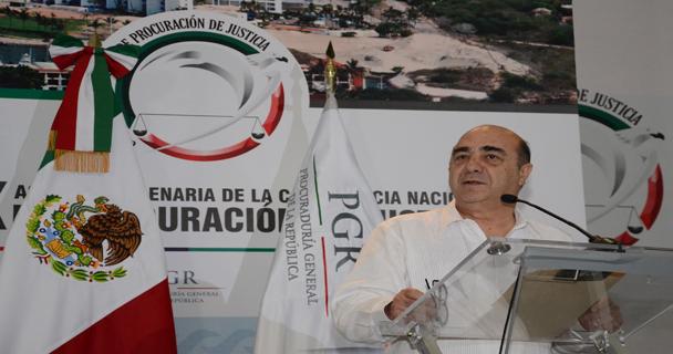 Generar confianza con hechos, el reto de procuradores y fiscales del país: Murillo Karam