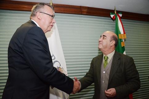 Acuerdan PGR y ONUDD fortalecer cooperación internacional para combatir ilícitos