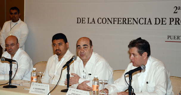 Actuamos con toda la fuerza del Estado para restaurar el orden: Murillo Karam