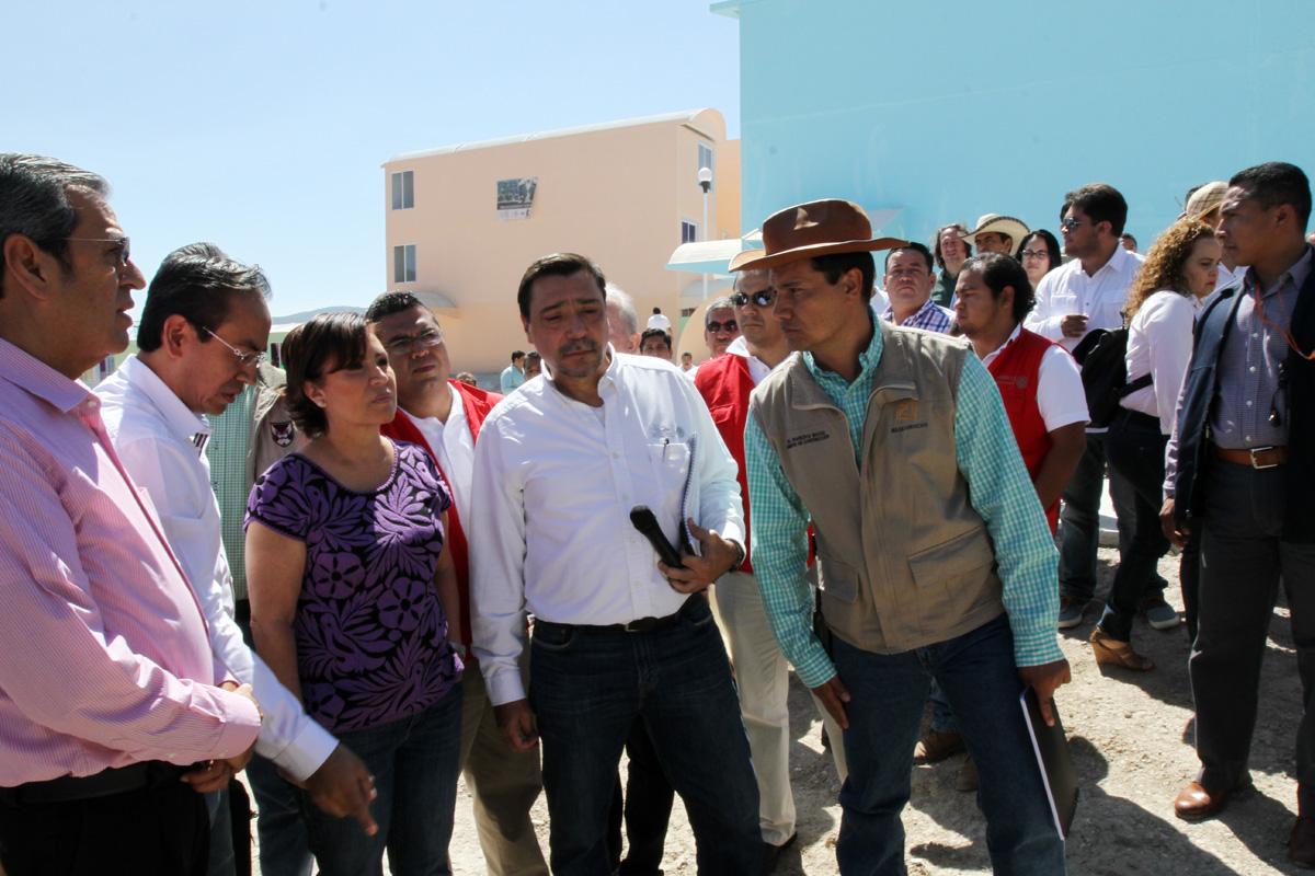 La titular  SEDATU conoció de primera mano el avance de la obra, que al momento se han edificado más de 500 casas.