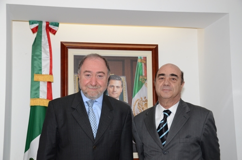 El titular de la PGR se reúne con el embajador de la Federación de Rusia en México
