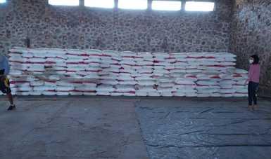 La Secretaría de Agricultura y Desarrollo Rural indicó que hasta hoy se totaliza el envío de más de 10 mil toneladas de Urea y DAP, con lo que se estima generar alrededor de 62 mil jornales en la entidad en los trabajos de estiba y descarga.