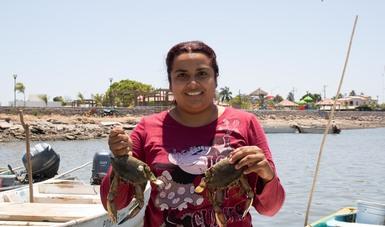 Este 2021 el programa de Apoyo para el Bienestar de Pescadores y Acuicultores (Bienpesca) beneficiará a 42 mil 984 mujeres productoras o trabajadoras del sector, lo que representa un incremento de más del 300 por ciento con respecto a 2019.