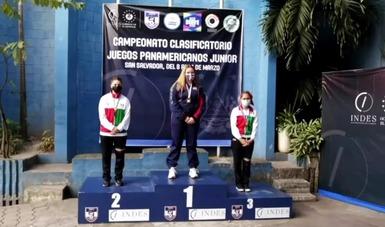 Michel Quezada (245.6) y Elizabeth Nieves (223.9) se colgaron la presea de plata y bronce, respectivamente, solo por debajo de la estadounidense Katrina Demerle (245.9)