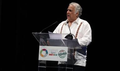 El secretario Miguel Torruco, al inaugurar el II Tianguis Turístico Digital.
