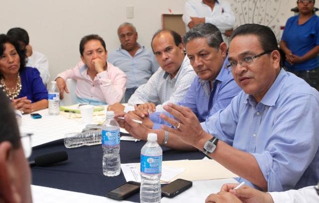 Con una inversión de 2.2 millones de pesos se aplicará el Programa de Empleo Temporal para remodelar el Palacio Municipal de Iguala: Javier Guerrero García.