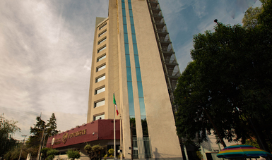 El Fondo ofrece a los acreditados prórrogas de hasta dos años y conversión de financiamientos a pesos, entre otras acciones