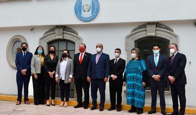 Ceremonia de entrega de insumos médicos para atención de la pandemia de COVID-19 en Guatemala