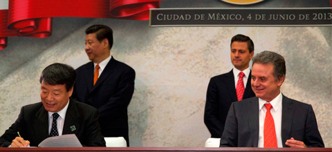 México y China firman un memorando de entendimiento sobre cooperación energética