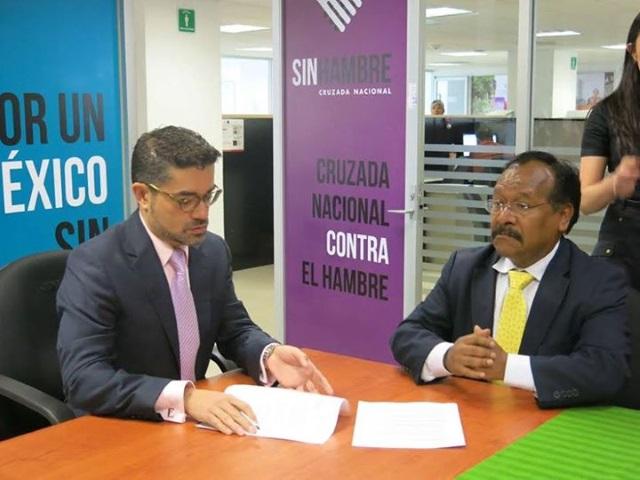 El diputado federal Alejandro Sánchez Camacho, sostuvo una reunión con Enrique Davis, Director General de Vinculación