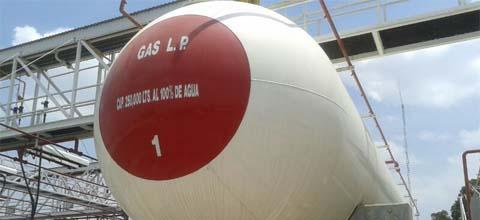 Secretaría de Energía, Policía Federal y Distribuidores se coordinan para garantizar el abasto de Gas L.P. en Acapulco, Guerrero.