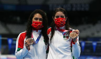 clavadistas Alejandra Orozco Loza y Gabriela Belem Agúndez García