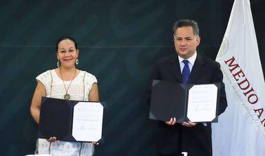 María Luisa Albores y Santiago Nieto Castillo coincidieron en que este convenio permitirá contar con los elementos necesarios para investigar posibles actos de corrupción y erradicar la impunidad.