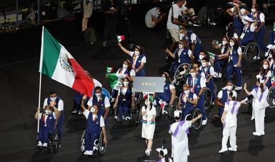 Delegación mexicana en el desfile de Tokio 2020 en los Juegos Paralímpicos. CONADE