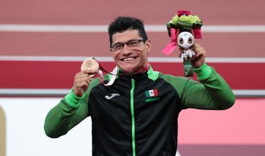 Juan Pablo Cervantes García, conquistó el tercer lugar en la final de 100m T54