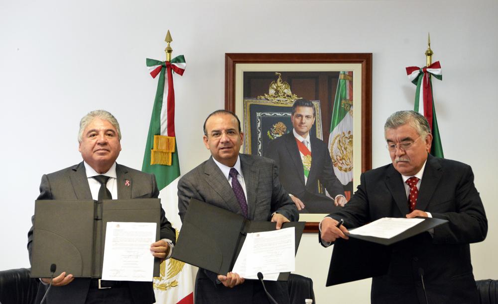 México ha escalado 7 lugares en el pilar de productividad laboral del Foro Económico Mundial, subraya Secretario Alfonso Navarrete Prida.