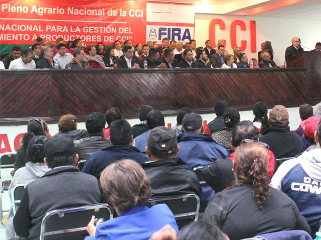 El coordinador general de Enlace Sectorial, Héctor René García Quiñones, inauguró –en representación del titular de la SAGARPA, José Calzada Rovirosa-, el LII Pleno Agrario Nacional de la Central Campesina Independiente (CCI).
