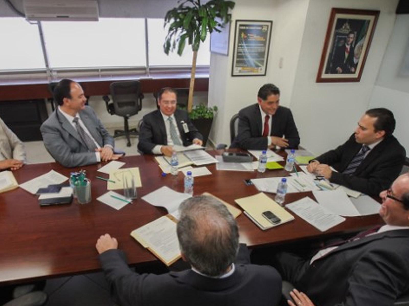 La SAGARPA y el Gobierno de Durango acordaron fortalecer los esquemas de comercialización de frijol en la entidad para proteger el ingreso de los productores e impulsar la productividad de este cultivo.
