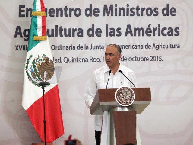 Mensaje del secretario José Calzada Rovirosa en la inauguración del Encuentro de Ministros de Agricultura de las Américas 2015, encabezada por el Presidente de la República, Enrique Peña Nieto.
