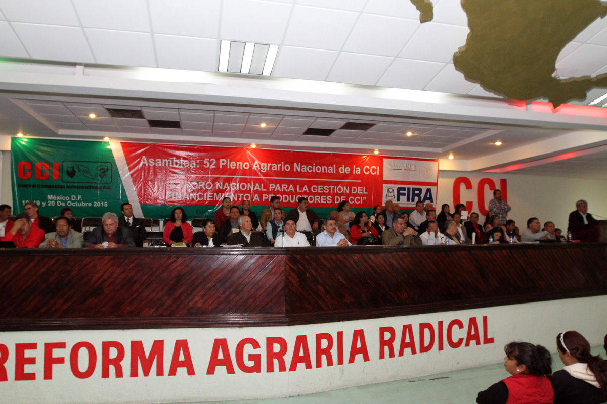 El subsecretario de Desarrollo Agrario, Gustavo Cárdenas Monroy, clausuró la  52 Asamblea Plenaria Nacional de la Central Campesina Independiente, donde recordó que la audiencia agraria será permanente e itinerante.
