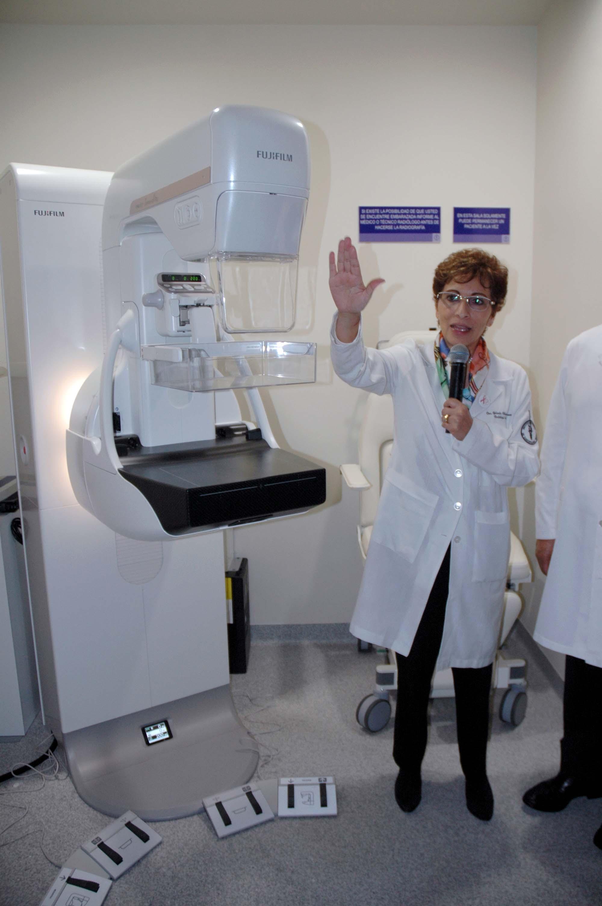 Este nuevo equipo realiza mastografías en sólo cinco minutos, con lo que se verán beneficiadas un mayor número de pacientes.