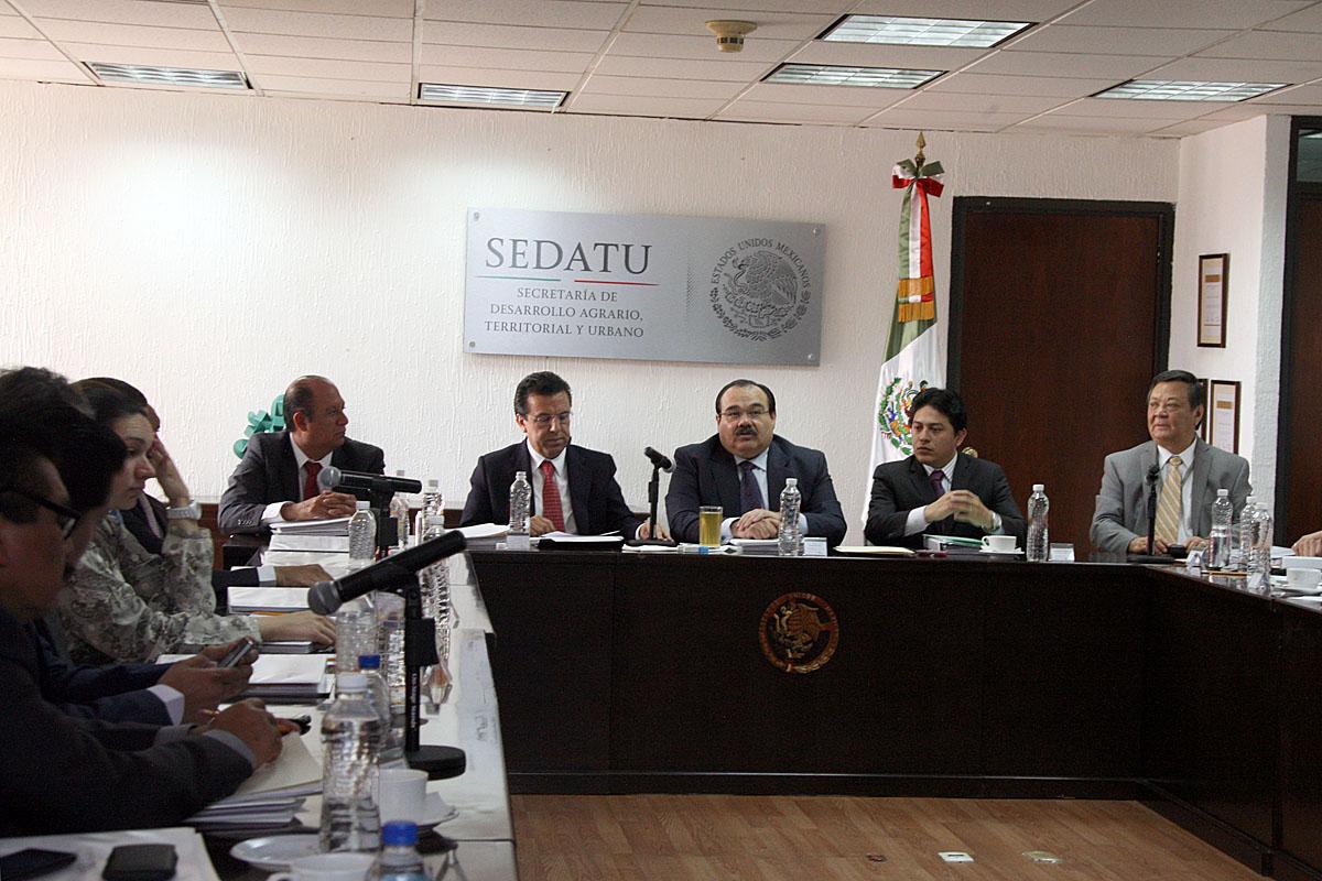El titular de la SEDATU presidió la reunión de Comité Técnico y de Inversión de Fondos del FIFONAFE.