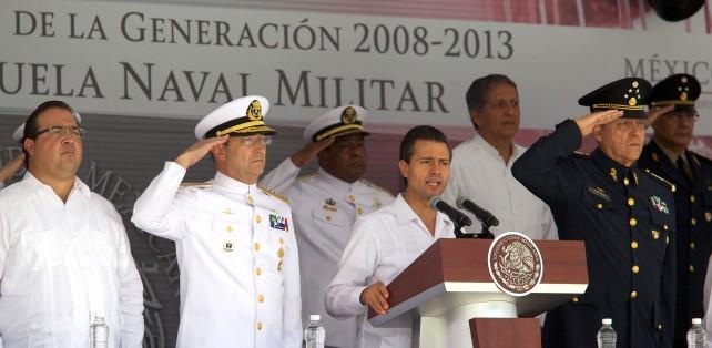 Estoy convencido de que la Armada de México, al igual que todas nuestras gloriosas Fuerzas Armadas, son instituciones donde se sirve a México con determinación.