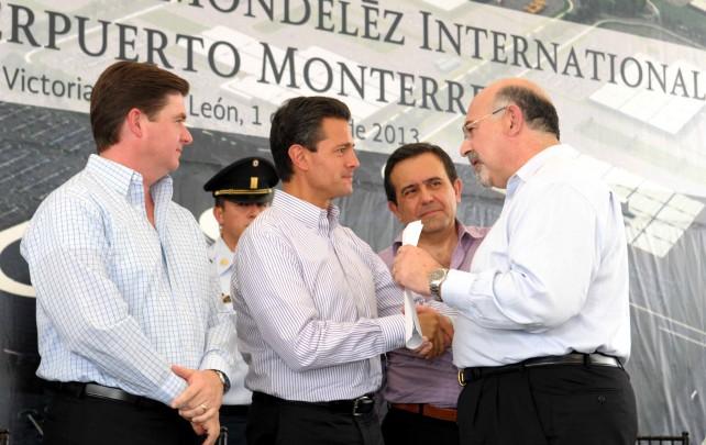 En México somos más de ocho mil colegas que representamos las marcas de Mondelēz International, legado de Kraft Foods, líderes de mercado en chocolates, en botanas, en chicles, caramelos, café, y claro, también, en galletas.