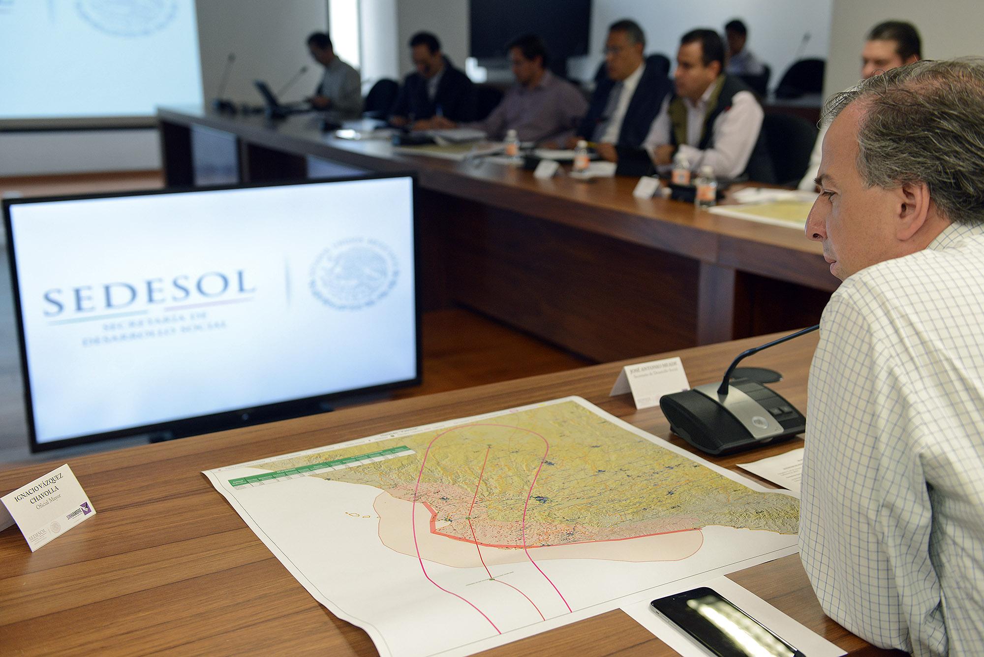 La Secretaría de Desarrollo Social atiende a la población afectada por el Huracán Patricia