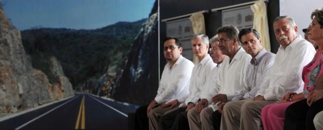 Desde hace tiempo, la población del estado, en especial la de La Huasteca Potosina, anhelaba la terminación de esta obra