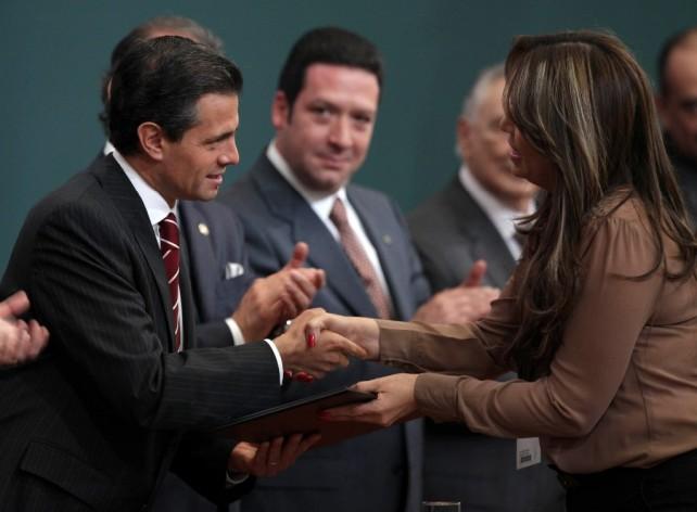 Lograr que todos los mexicanos tengan acceso a un trabajo formal y a la seguridad social, son propósitos básicos y elementales del México incluyente y próspero que queremos alcanzar.
