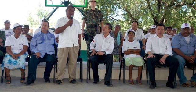 En eso, señor Presidente, yo pienso que sí está usted en la mejor disposición para apoyarnos y mover nuestra comunidad a un lugar seguro.