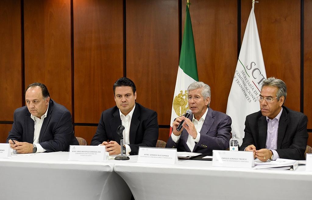 Aumenta SCT más del 50 por ciento de recursos del PET en Jalisco