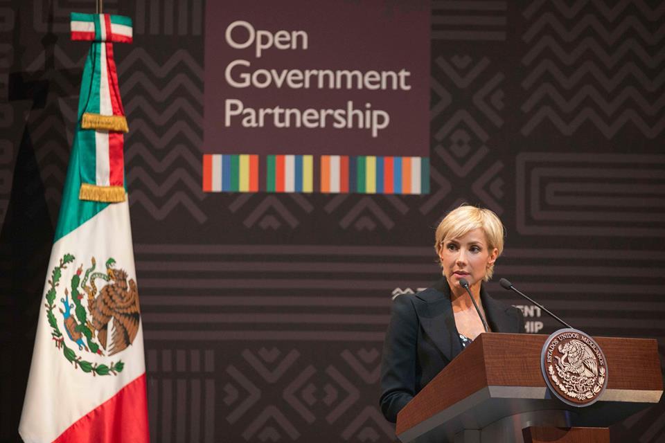 Un claro ejemplo y muy reciente de Gobierno Abierto son las acciones que se emprendieron la semana pasada ante la llegada del Huracán Patricia, dijo Alejandra Lagunes, Coordinadora de Estrategia Digital Nacional.