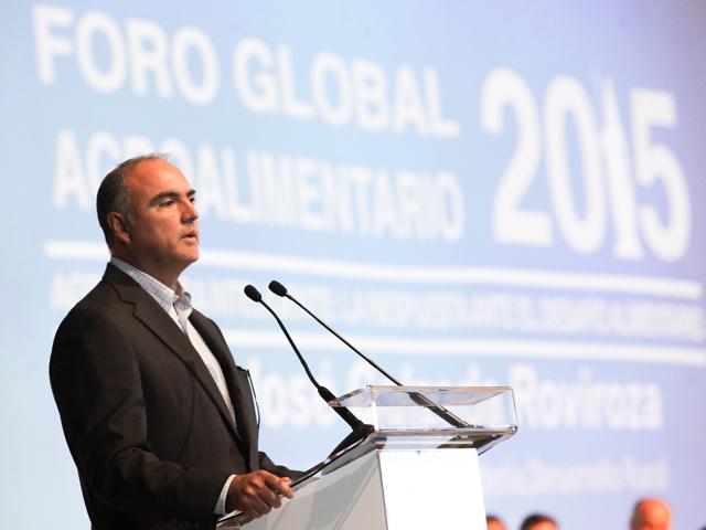 Inaugura secretario José Calzada Rovirosa el Foro Global Agroalimentario 2015.