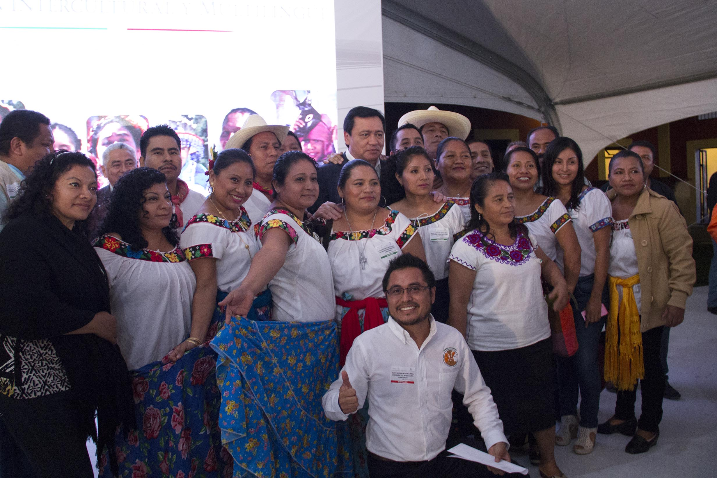 El Secretario de Gobernación, Miguel Ángel Osorio Chong, durante la Firma de Convenio para la Implementación del Nuevo Sistema de Justicia Penal con Visión Intercultural y Multilingüe en Puebla