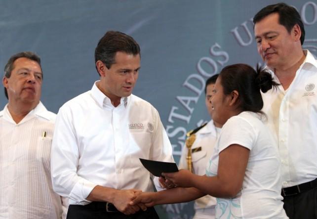 La gente de Guerrero que no obstante de estar en medio de esta contingencia han mostrado una gran entereza y un gran coraje para superar la advers