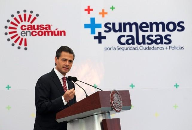 Todos tenemos tarea que acometer, a qué dedicar esfuerzos y cumplir con la sociedad mexicana. Así lo estamos haciendo y seguiremos trabajando en esta ruta.