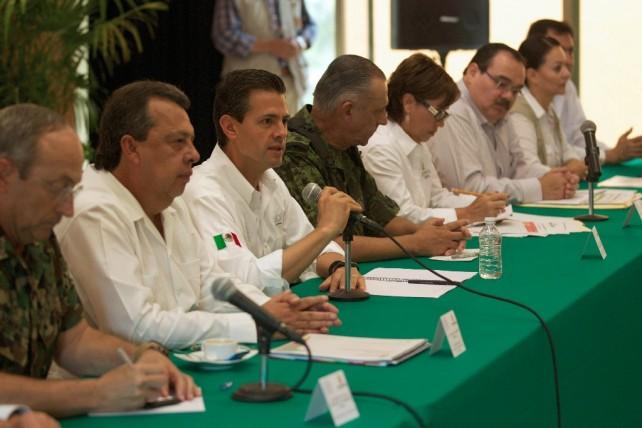 El Gobierno de la República estaría de manera permanente y con gran atención, apoyando la reconstrucción de las afectaciones que se tuvieron aquí, en el Estado de Guerrero.