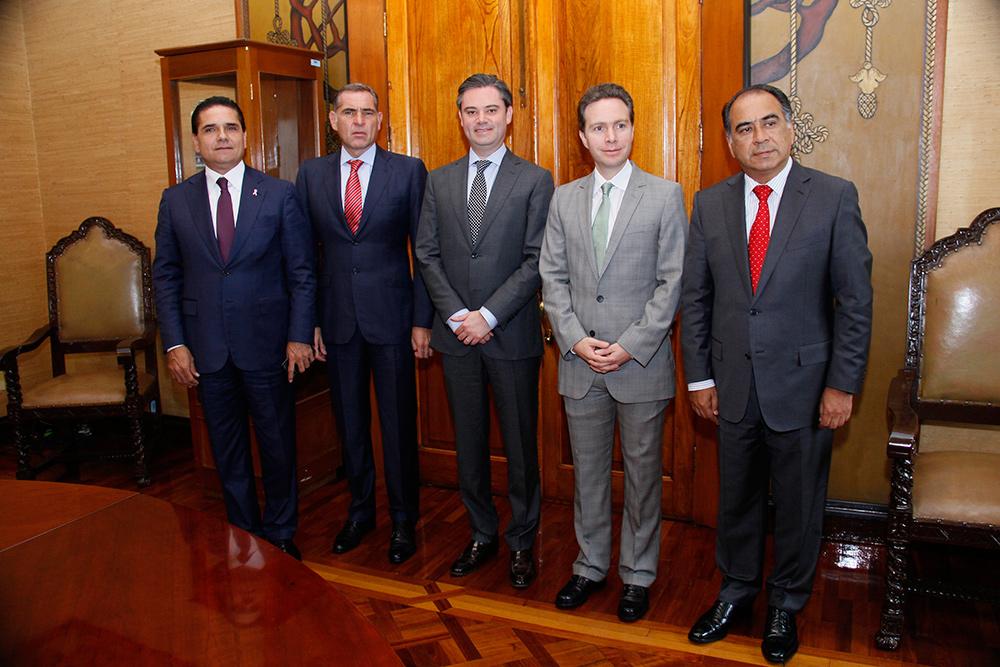 El secretario de Educación Pública se reúne con los mandatarios de Chiapas, Oaxaca, Guerrero y Michoacán