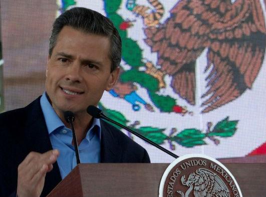 Para conducir las políticas públicas y acciones que permitan a todos los mexicanos ejercer este nuevo derecho, es que hoy presentamos esta Estrategia Digital Nacional.
