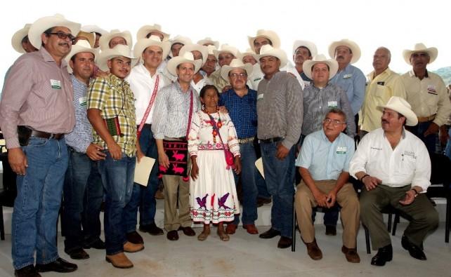 Los campesinos sabremos responder, señor Presidente. Estamos con usted, para lograr la unidad que tanto esperamos y construir la nueva historia en el campo mexicano.