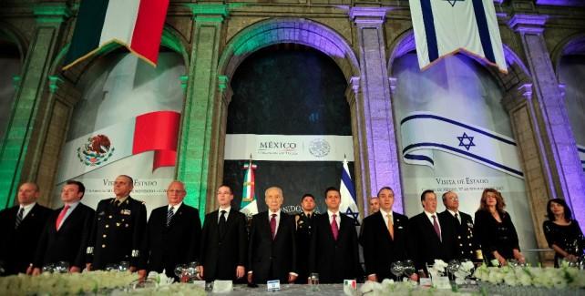 El Presidente Peña Nieto no sólo logrará que México se mueva, va a conseguir que despegue: Shimon Peres