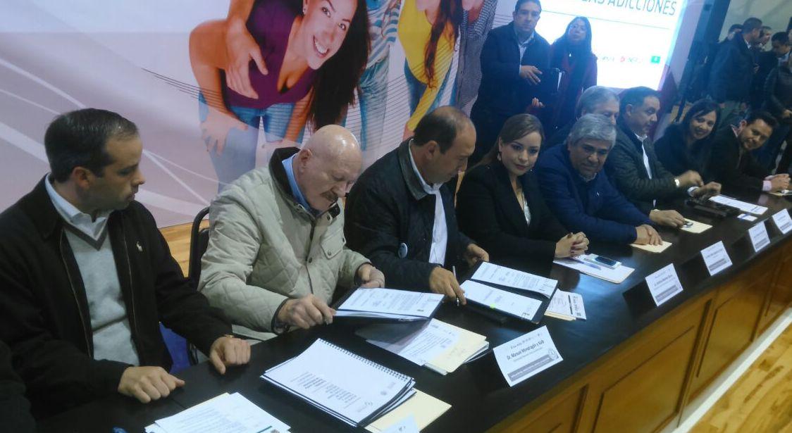 CONADIC y el gobierno de Coahuila firman convenio